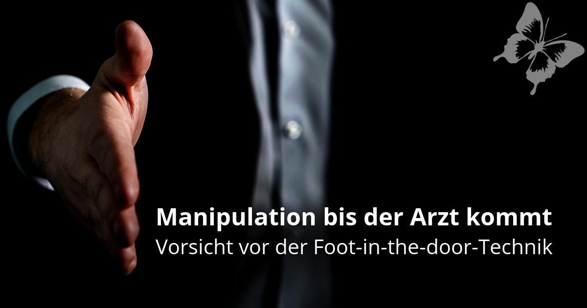 Vertreter der die Hand ausstreckt - Sinnbild für foot in the door